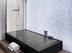 Wie een kleine badkamer heeft, kiest vaak voor een douche en laat het bad achterwege. Dat hoeft voortaan niet meer, dankzij Rexa Design.