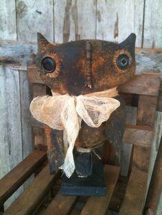Primitive folk art grungy owl make do Makedo Sitter Doll Fall autumn farmhouse…