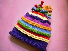 Ravelry: Rainbow Marley pattern by Susan B. Crochet Kids Hats, Baby Hats Knitting, Knitting For Kids, Baby Knitting Patterns, Loom Knitting, Knitting Projects, Knitted Hats, Knit Crochet, Crochet Patterns
