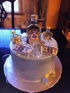 Crown Royal Crown Royal Cake, Royal Cakes, Crown Cake, Liquor Cake, Alcohol Cake, 21st Cake, Funny Cake, Adult Birthday Cakes, Cake Decorating Tips