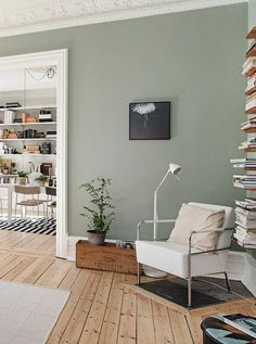 Acryl Wandmalerei, offenes Wohnzimmer im Esszimmer, skandinavisches Interieur Source by archzinefr . Decor, Living Room Green, Home Living Room, Living Room Paint, Room Interior, Home Decor, House Interior, Sage Green Living Room, Home And Living