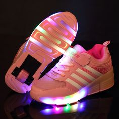 New Child Heelys Jazzy Junior Girls Boys LED Light Heelys Roller Skate Shoes For Children Kids Sneakers With Wheels♦️ SMS - F A S H I O N 💢👉🏿 http://www.sms.hr/products/new-child-heelys-jazzy-junior-girls-boys-led-light-heelys-roller-skate-shoes-for-children-kids-sneakers-with-wheels/ US $19.88