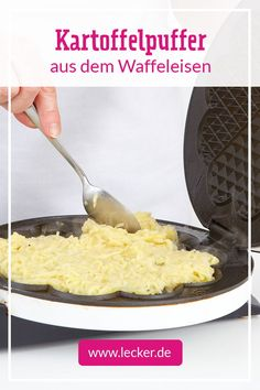 Geniale Idee: schmecken aus dem noch besser, denn … Great idea: pancakes taste from the even better, because they are particularly crispy and extra fat! Tastes like rösti and potato pancakes with applesauce and jam or hearty with ragout, salmon or roast. Pumpkin Recipes, Veggie Recipes, Baby Food Recipes, Healthy Recipes, Tefal Snack Collection, Breakfast Hotel, Potato Waffles, Riced Veggies, Party Food Platters
