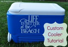 Easy ice chest makeover: How to make a custom cooler.we need this for the ball field! Silhouette Vinyl, Silhouette Machine, Silhouette Cameo Projects, Cricut Vinyl, Vinyl Crafts, Vinyl Projects, Beach Fun, Beach Cooler, Mini Cooler