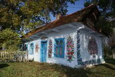 A small village in southeast Poland is heralded for its unusual tradition. Every house, well, church, and barn is covered in lovely, decorative painted flowers. The secluded town of Zalipie, just 90 minutes from Krakow, feels a world away, as the small farming village bursts with color.
