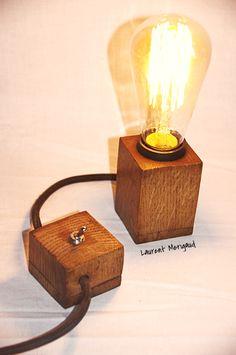 Lampe cube en chêne Lampe design et vintage - laurentmerigaud.fr