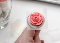 Wilton-Style Roses for Cookies {WFMW} – The Sweet Adventures of Sugar Belle