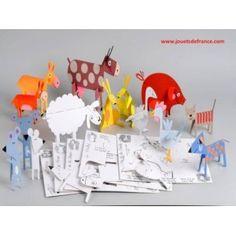 Animodulos Ferme    Parfait pour un goûter d'anniversaire, occuper des petits loups un jour de pluie, ou improviser un petit atelier créatif.    Des planches en carton micro cannelé naîtront 15 animaux de la basse cour à peindre, à créer pour imaginer des histoires extra-ordinaires.    A partir de 4 ans.    Fabriqué en France    http://www.ethikeveil.com/malettes-loisirs-creatifs/185-animodulos-ferme.html#