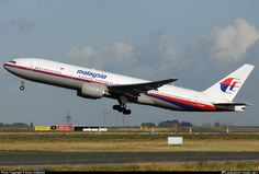 Malaysian Airlines Loses Contact with 777; 777 Crashes with 280 Passengers Onboard - http://heelsfirsttravel.boardingarea.com/2014/07/17/malaysian-airlines-loses-contact-777-777-later-crashes-280-onboard/