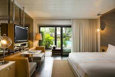 Hollywood Roosevelt Hotel    Cabana Poolside Guestroom
