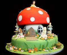 Fairy garden cake Fairy House Cake, Fairy Garden Cake, Garden Cakes, Fairy Cakes, Fairy Birthday Cake, 4th Birthday Cakes, Birthday Ideas, Mushroom Cake, Mushroom House