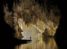 Australian photographer John Spies spent nearly a week capturing breathtaking photos of Hang Son Doong cave in Vietnam, the world's biggest cave. Underground Caves, Modern Metropolis, Environment Design, Fantasy World, Southeast Asia, Beautiful Places, Scenery, Around The Worlds, The Incredibles