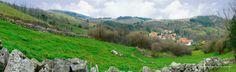 Paisaje montañés en Quintana de Toranzo, en el municipio de Corvera de Toranzo, Cantabria, Spain