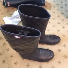 Hunter boots Brown quieted pattern hunter boots. Worn once. Super comfy and stylish for those rainy days Hunter Boots Shoes Winter & Rain Boots