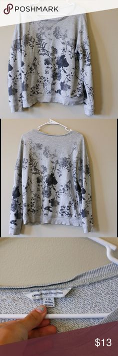 AE sweater -Grey floral American eagle sweater -slightly cropped -80% cotton 20% polyester. Some minor pilling but in good shape American Eagle Outfitters Sweaters