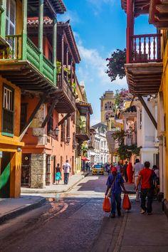 Carthagène des Indes, la belle cité coloniale de Colombie, une perle de la Côte Caraïbe, qui m'a malheureusement déçue.