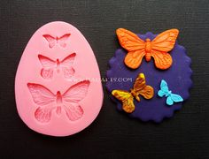 Butterflies - Silicone Mold #ButterfliesSiliconeMold http://www.itacakes.com/product/butterflies-silicone-mold/