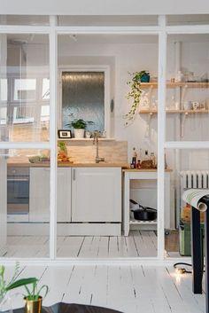 Cerramiento de cristal para la cocina con perfiles
