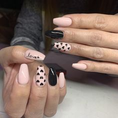 36 Inspiring Valentine Nail Art Design Ideas - Who doesn't cherish appropriately manicured and well-prepared nails? Guaranteeing you get as innovative with your nails as you are with your garments . Fabulous Nails, Perfect Nails, Gorgeous Nails, Heart Nail Designs, Valentine's Day Nail Designs, Nail Designs With Hearts, Diy Nails, Cute Nails, Pretty Nails