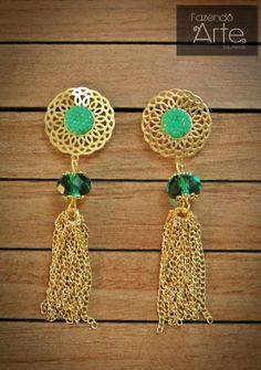 Fazendo Arte Bijuterias - Kit de Brinco com Corrente Dourada, Cristais e Chatons Verdes
