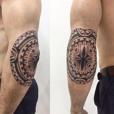 Começando mais um braço. #maoritattoo #maori #polynesian #tatuagemmaori #tattoomaori #polynesiantattoos #polynesiantattoo #polynesia #tattoo #tatuagem #tattoos #blackart #blackwork #polynesiantattoos #marquesantattoo #tribal #guteixeiratattoo #goodlucktattoo #tribaltattooers #tattoo2me #inspirationtatto #tatuagemmaori #blxckink