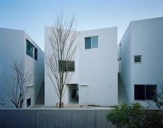 Kaminoge House / Kawabe Naoya Architects Design Office