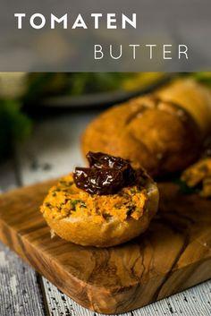 Super einfaches Rezept, das perfekt in den Sommer passt. Die Butter darf beim Grillen nicht fehlen und schmeckt super nach Tomate und frischen Kräutern.