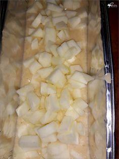 Szybkie ciasto z jabłkami mieszane łyżką | Słodkie okruszki Polish Recipes, Pie Recipes, Cooking Recipes, Healthy Recipes, Sweets Cake, Apple Cake, Yummy Cakes, Catering, Good Food