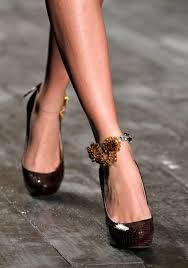 Nina Ricci Paris Fall Winter 2012 (aren't these some of the most beautiful shoes ever? Fashion Shoes, Fashion Accessories, Girl Fashion, The Brunette, Jeweled Shoes, Bronze, Glamour, Brown Fashion, Beautiful Shoes