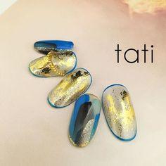 シンプルだけど このブルーの存在感。 ・ #nailart #nails#naildesign #design #art #gelnail #ネイルアート#ネイル #ネイルデザイン#指甲 #指甲彩繪 #藝術 #美甲 #design #cool#beauty#nails#instagood #tati #네일 #네일아트 #일본네일 #네일트렌드 #젤 #젤아트 #네일디자인