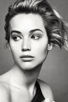 Jennifer Lawrence Stuns in New 'Dior' Campaign Images!: Photo Jennifer Lawrence looks absolutely gorgeous in this new series of images from her third campaign for Dior! The new campaign featuring the actress… Patrick Demarchelier, Miss Dior, Jennifer Lawrence Fotos, Jennifer Lawrence No Makeup, Pretty People, Beautiful People, Beautiful Females, Christie Brinkley, My Hairstyle