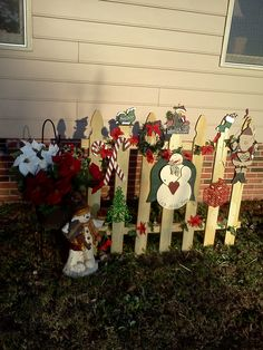 Christmas outdoor decorated fence.