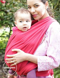Wearing an older baby: woven wrap vs soft structured carrier #babywearing