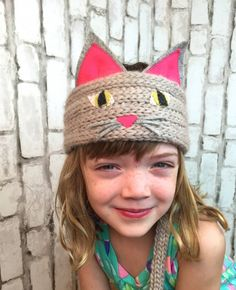 Kids Craft: Wonder Knitter Cat Headband | Vickie Howell for @cloverusa
