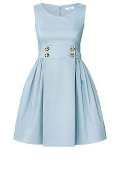 This site has the most adorable dresses! -Too bad I can't afford them D=