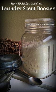 How To Make Easy Scent Booster For Your Laundry My homemade laundry detergent smells great but sometimes you want a stronger scent. Making a scent booster is inexpensive and easy! Homemade Cleaning Products, Cleaning Recipes, House Cleaning Tips, Natural Cleaning Products, Cleaning Hacks, Spring Cleaning, Cleaning Supplies, Cleaning Solutions, Green Cleaning