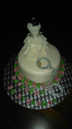 Bridal shower cake ☺