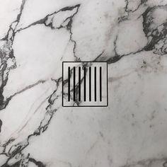 Shower drain detail by Elena Gimenezc - natural stone by Il Granito Shower Drain, Shower Floor, Shower Tiles, Modern Shower, Modern Bathroom, Master Bathroom, Bathroom Drain, Marble Bathrooms, Shower Bathroom