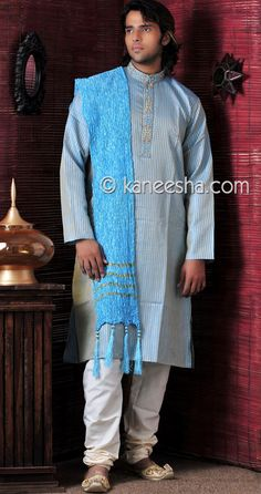 Blue Kurta Suit Price: Usa Dollar $79, British UK Pound £46, Euro58, Canada CA$85 , Indian Rs4266.