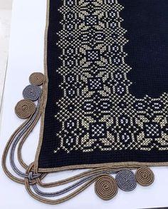 Hand Embroidery, Macrame, Cross Stitch, Wallet, Chain, Hgtv, Lovers, Punto De Cruz, Crates