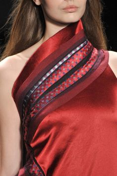 whatchathinkaboutthat:    Vivienne Tam Fall 2012