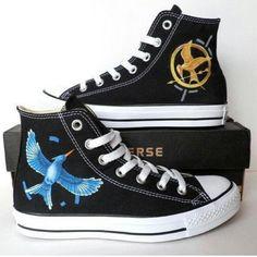 Hunger Games Converse Mode Converse, Converse All Star, Converse Shoes, Pastel Converse, Converse Outlet, Custom Converse, Hunger Games Fandom, Hunger Games Trilogy, Cute Shoes