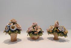 Baskets with flowers fine porcelain Capodimonte. Nuova Collezione per il  matrimonio. Cestini con fiori in porcellana Capodimonte. a573e5133982