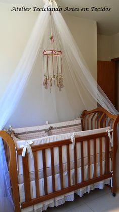 Teciclando Artes em Tecidos: Decorando o quarto de Maria