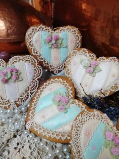 Crocheted lacy Valentine hearts, pastel stripes, and roses by Teri Pringle Wood Valentines Day Cookies, Valentines Food, Valentine Cookies, Valentine Hearts, Cookie Cake Pie, Cookie Frosting, Royal Icing Cookies, Cupcakes, Cupcake Cookies
