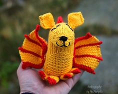 http://www.ravelry.com/patterns/library/duncan-the-dragon
