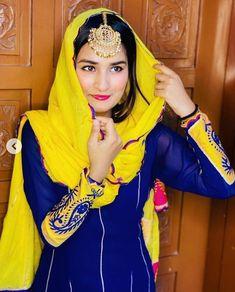 Girls Dp Stylish, Stylish Girl Images, Indian Wedding Photography, Couple Photography, Cute Girl Poses, Cute Girls, Punjabi Suits Party Wear, Punjabi Fashion, Wedding Prep