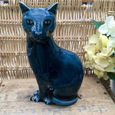Poole #pottery blue cat - right facing - barbara #linley #adams,  View more on the LINK: 	http://www.zeppy.io/product/gb/2/291951905622/