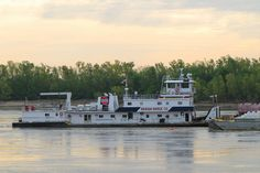 Barge chugs along the Mississippi at Cape Girardeau.  Ralph E. Plagge by Eridony, via Flickr