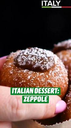 Italian Desserts, Easy Desserts, Delicious Desserts, Dessert Recipes, Yummy Food, Italian Recipes, Tasty, Fun Baking Recipes, Sweet Recipes